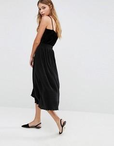 Юбка миди со складками Fashion Union - Черный