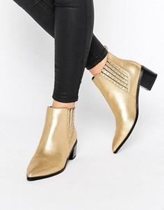 Ботинки челси металлик на каблуке с отделкой заклепками Office Amber - Золотой