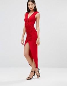 Облегающее платье макси с разрезом и сборками AX Paris - Красный