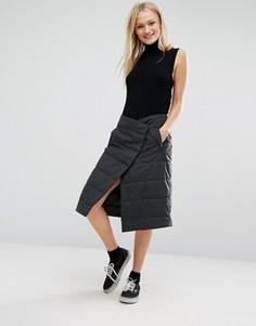 Стеганая юбка миди с запахом Monki - Серый