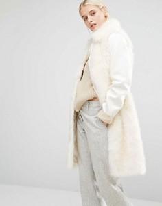 Пальто в строгом стиле с искусственным мехом Lost Ink - Кремовый
