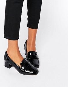Лоферы на каблуке ASOS SPRINT - Черный