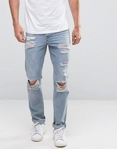 Светлые джинсы слим с дырками на коленях New Look - Синий
