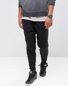 Джоггеры с заниженным шаговым швом из легкого трикотажа ASOS - Черный