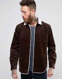 Коричневая вельветовая рубашка-куртка с воротником борг ASOS - Коричневый