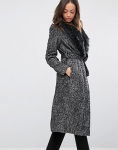 Пальто с поясом и искусственным мехом New Look - Черный