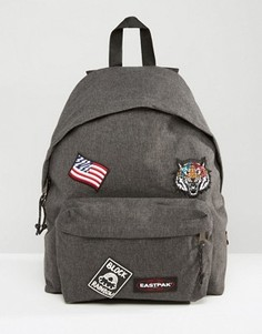 Черный уплотненный рюкзак с нашивками Eastpak PakR - Черный