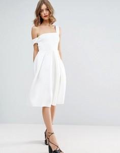 Асимметричное платье миди ASOS Debutante - Белый