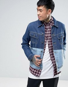 Синяя джинсовая куртка с контрастной вставкой ASOS - Синий
