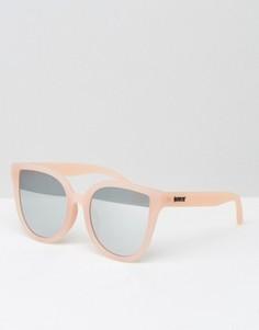 Солнцезащитные очки кошачий глаз в розовой оправе с зеркальными стеклами Quay Australia - Розовый