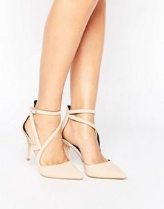 Туфли-лодочки на каблуке с заостренным носком и ремешками Miss Selfridge - Бежевый