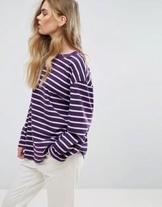 Расклешенная футболка в полоску Weekday - Фиолетовый