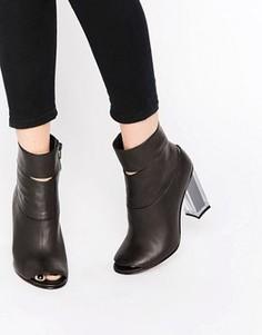 Ботильоны на каблуке с открытым носком Miista - Черный