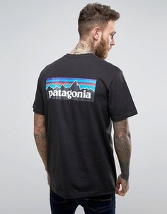 Черная футболка классического кроя с логотипом на спине Patagonia P-6 - Черный