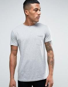 Серая футболка с карманом и необработанной горловиной Solid - Серый