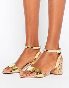 Босоножки на среднем каблуке ASOS TOTALLY YOU - Золотой