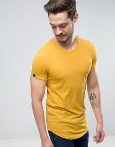 Длинная хлопковая футболка с карманом Produkt - Желтый