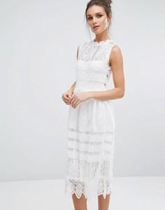 Кружевное приталенное платье миди Boohoo - Белый