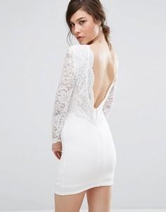 Платье мини с кружевной вставкой и фигурной отделкой на спине TFNC - Белый