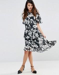 Чайное платье миди с черно-белым цветочным принтом ASOS - Мульти