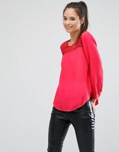 Блузка с кружевной вставкой Only - Красный