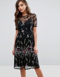 Кружевное платье миди с вышивкой Miss Selfridge - Черный