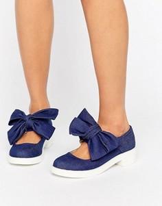 Туфли на плоской подошве с бантом ASOS MOUSSE - Синий