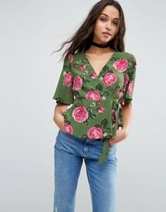 Блузка с запахом и принтом роз ASOS - Мульти