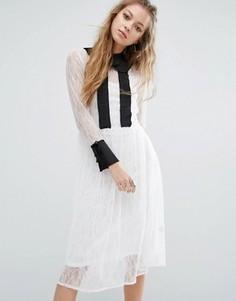 Кружевное платье миди с воротником Navy London - Белый