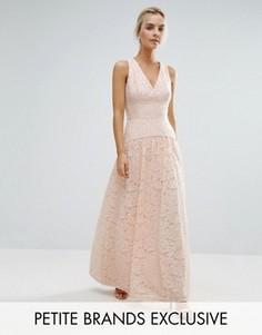 Кружевное платье макси для выпускного с пышной юбкой Little Mistress Petite - Розовый