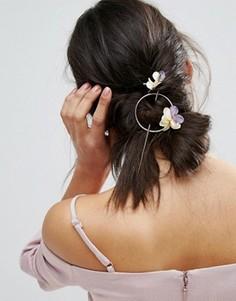 Заколка для волос ограниченной серии с цветком - Золотой Asos