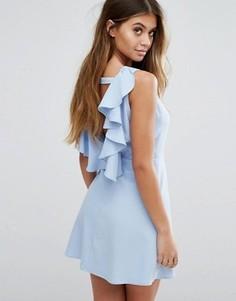 Платье-трапеция с открытой спиной и оборками Boohoo - Синий