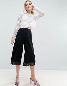 Юбка-шорты с кружевной нижней кромкой ASOS - Черный
