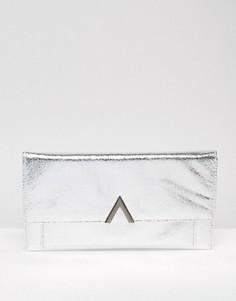 Клатч цвета металлик с металлической пластинкой ASOS - Серебряный