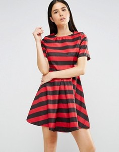 Короткое приталенное платье в широкую полоску AX Paris - Красный