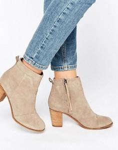 Замшевые ботинки на каблуке TOMS Lunata - Бежевый