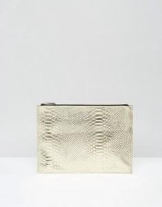 Кожаный клатч цвета металлик на молнии ASOS - Золотой