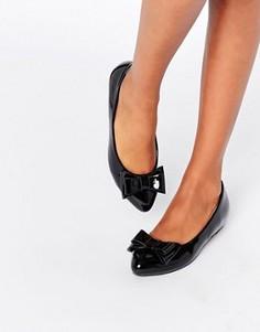Черные лакированные балетки с бантом Glamorous - Черный
