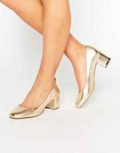 Золотистые кожаные туфли на среднем каблуке ALDO Falia - Золотой