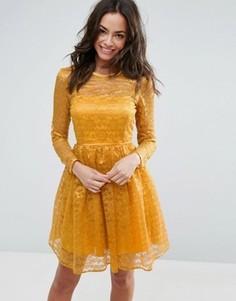 Кружевное платье мини для выпускного ASOS - Желтый