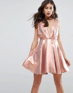 Короткое приталенное платье с эффектом металлик ASOS - Золотой