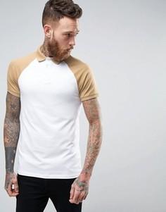 Белая обтягивающая футболка-поло с бежевыми рукавами реглан ASOS - Мульти