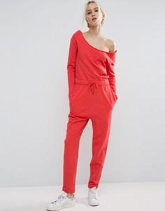 Трикотажный комбинезон с открытыми плечами ASOS - Красный