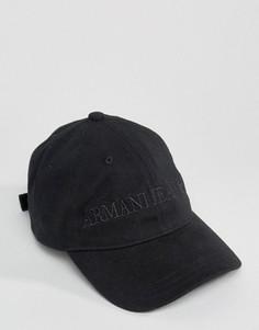 Черная бейсболка с логотипом Armani Jeans - Черный
