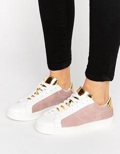 Кроссовки на шнуровке с бархатными вставками New Look - Розовый