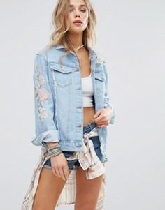 Джинсовая куртка с вышивкой пастельных тонов New Look - Синий