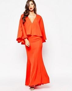 Платье макси с глубоким декольте и широкой оборкой Jarlo Makena - Красный