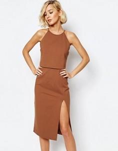 Облегающее платье миди с высоким воротом и разрезом Lavish Alice - Оранжевый