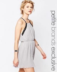 Шифоновое платье-майка с отделкой люверсами True Decadence Petite - Черный