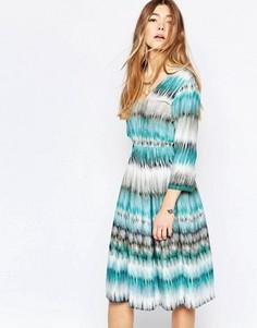Короткое принталенное платье в полоску Diya - Мульти